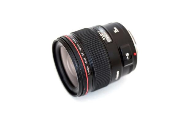Canon EF35mm f/1.4L USM